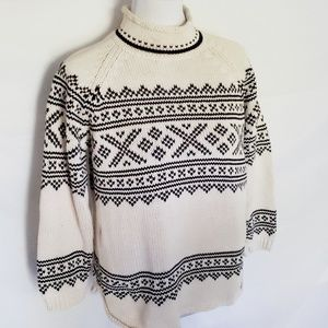 Vintage 80's nordic black white winter sweater